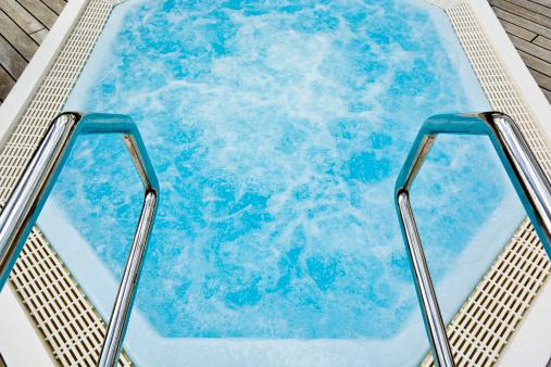 Comprar spa jacuzzi de alta capacidad spas jacuzzis - Precios jacuzzis exteriores ...